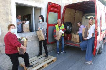 Paketi hrane -Lions donacija Lions klub Sežana